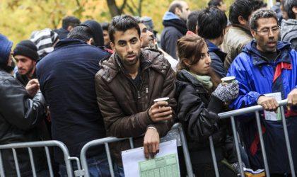 Berlin Expands Refugees Registration
