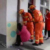 girl-stuck-in-walls