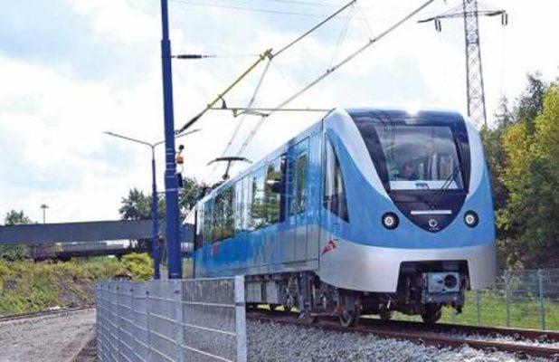 Dubai Metro trains